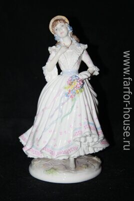 Фарфоровая статуэтка «The Village Bride», Royal Worcester